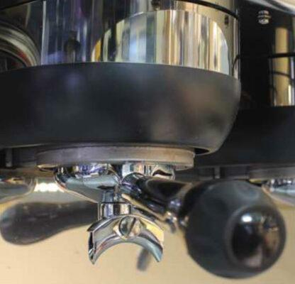 vệ sinh máy pha cafe