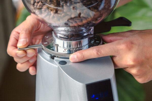 Sửa-máy-pha-cà-phê-tại-tphcm